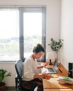 4 Cara Agar Lebih Efisien di Kantor